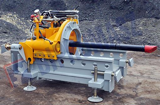 WPS-80S - wiertnica pozioma sterowana - max średnica wiercenia Ø813 na długość max 50 m ze studni Ø2500 mm