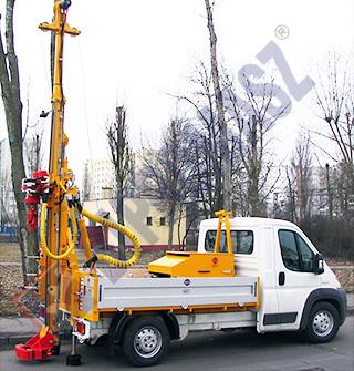 H20S - wiertnica geotechniczna na samochodzie dostawczym DMC 3,5T
